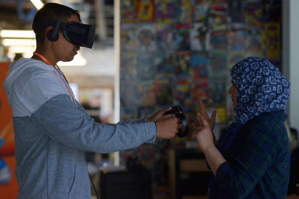Oculus is donating Rifts to dozens of California libraries