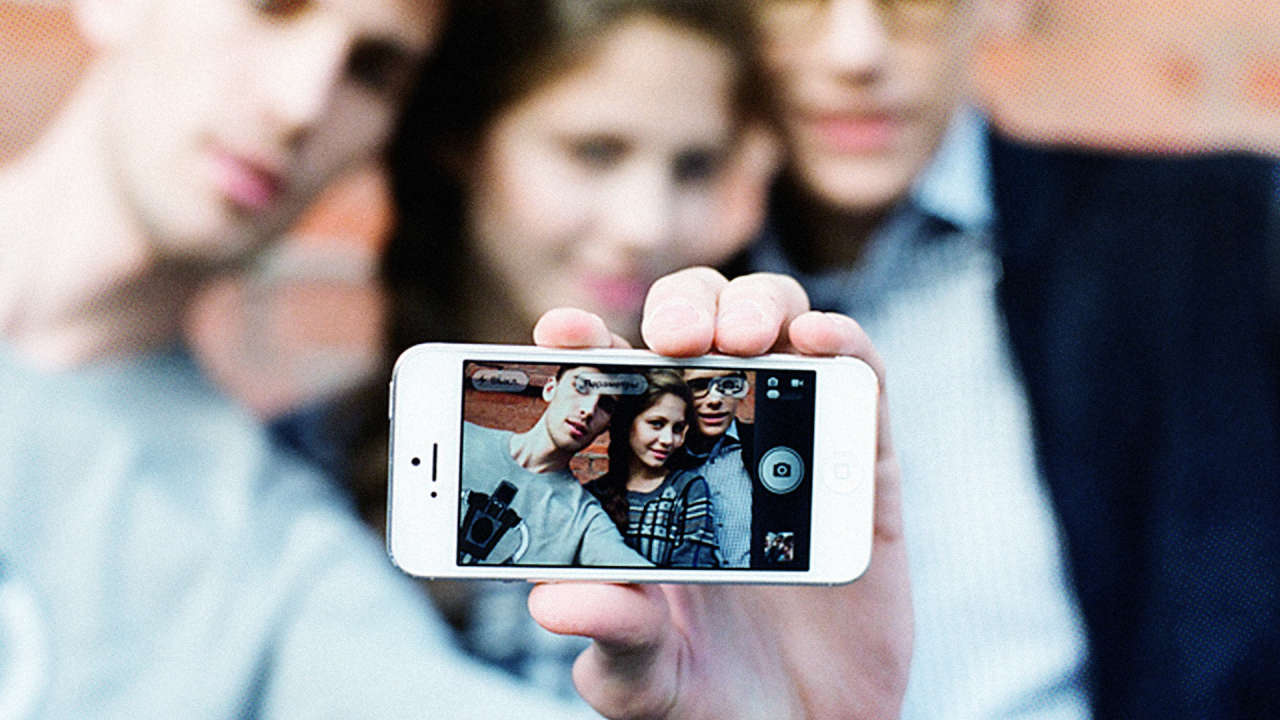 teenagers on the internet Today's teenagers are a generation for whom the line between online and real world interaction is practically non-existent the apotheosis of this is myspacecom , which began as a social networking.