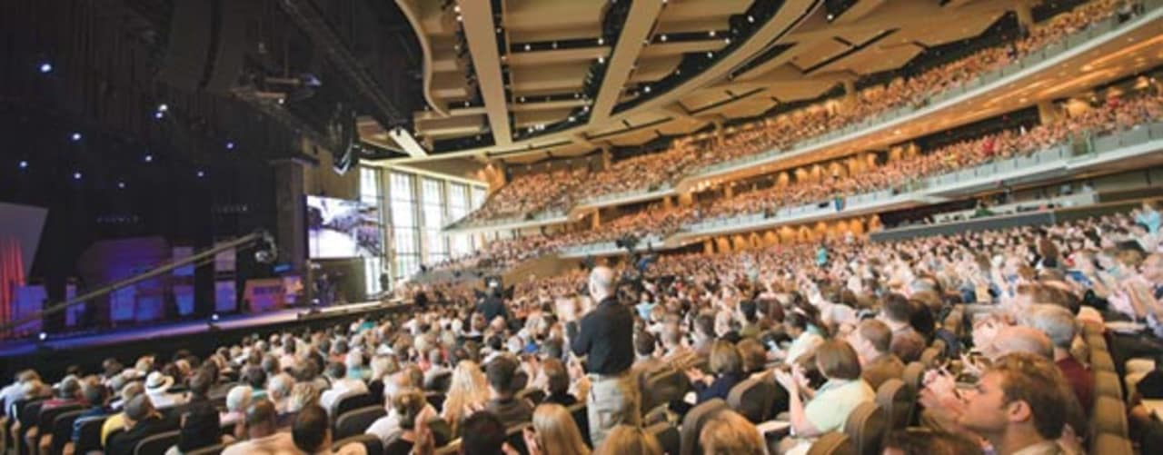 How Willow Creek Is Leading Evangelicals By Learning From