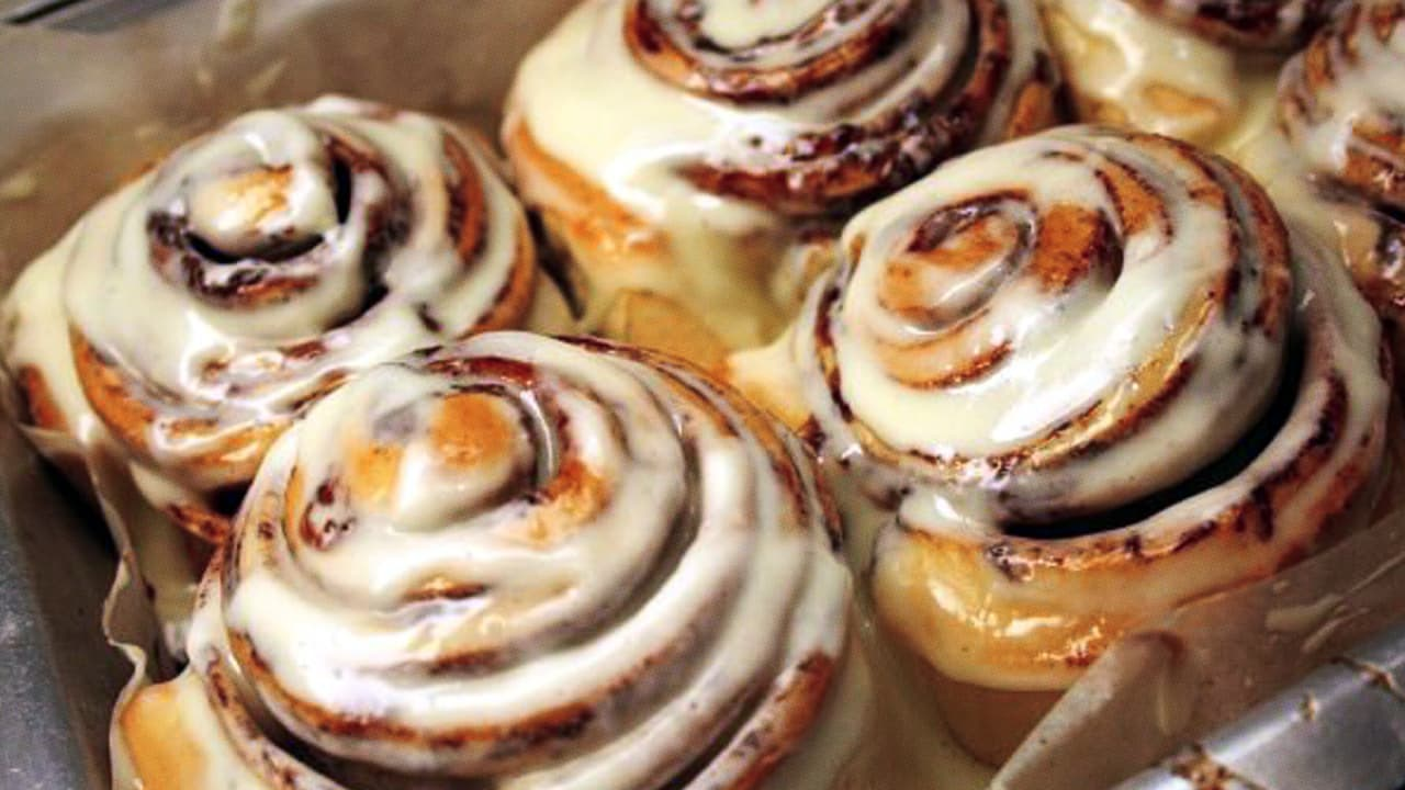how kat cole operates cinnabon like a tech startup fast