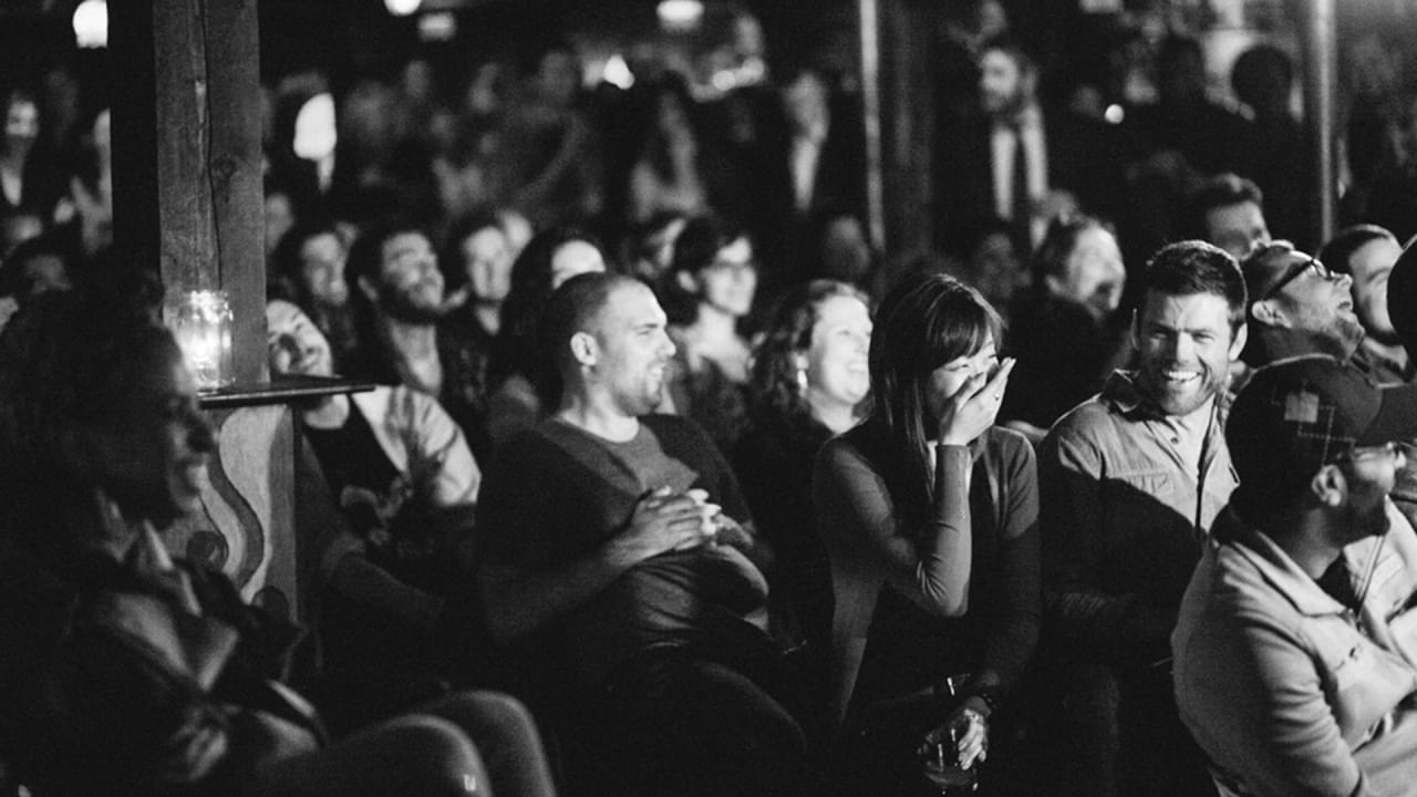 Breaking Into Stand-Up: 10 Tips for Beginner Comedians