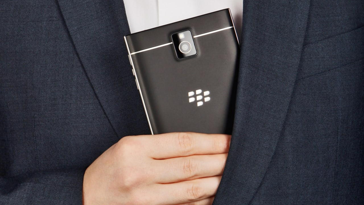 Review: The Blackberry Passport's Weird Design Pays Off–but The App  Situation Remains Bleak