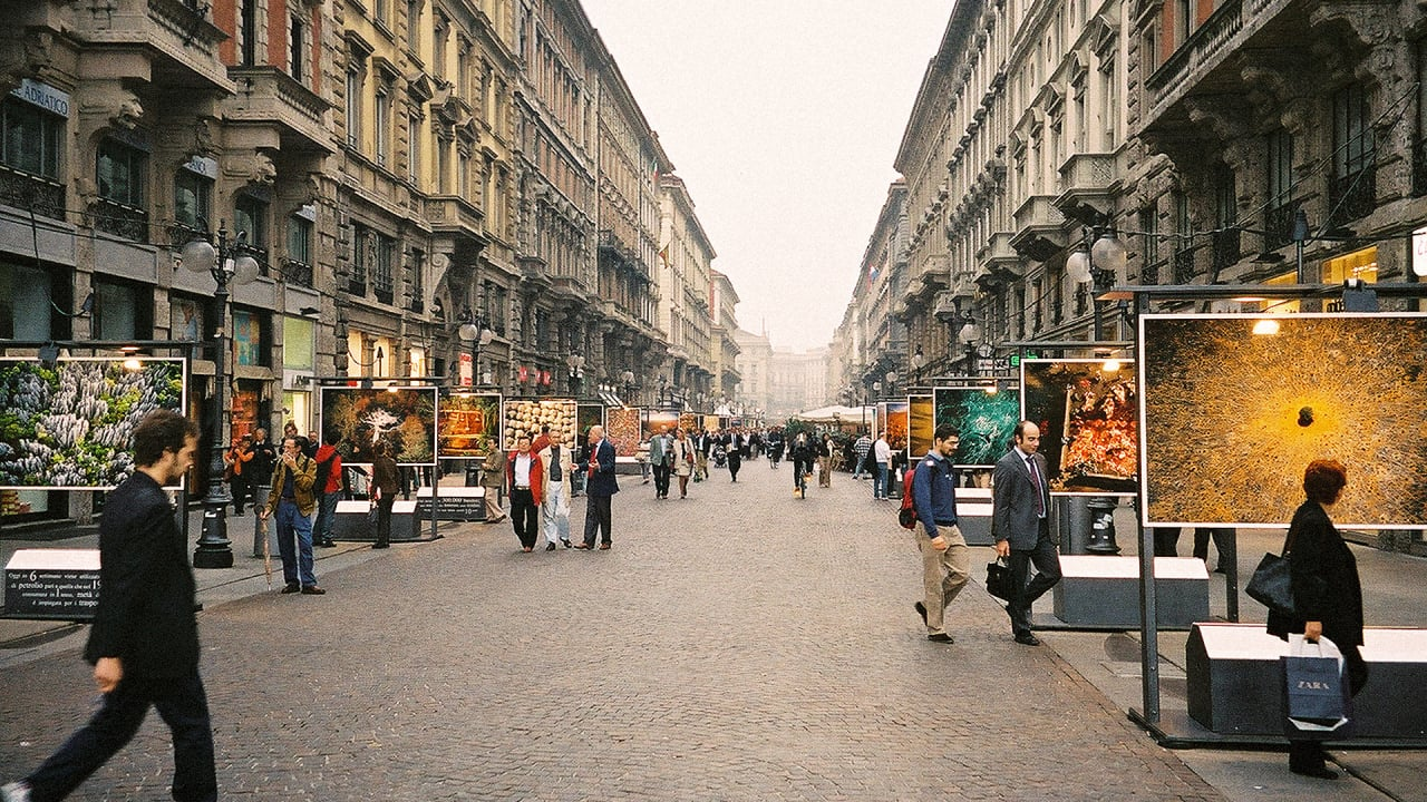 7 cities that are starting to go car free fast company. Black Bedroom Furniture Sets. Home Design Ideas