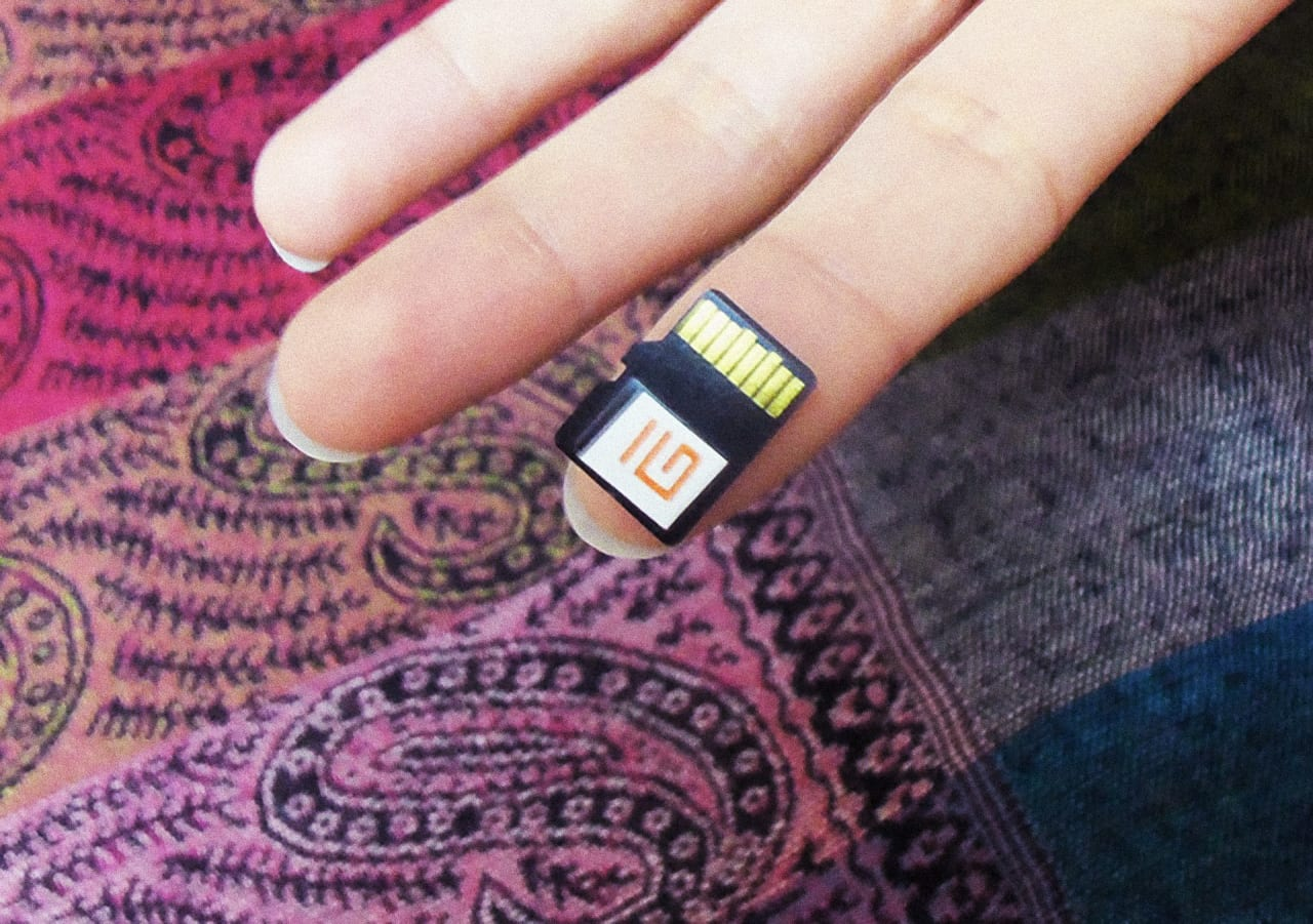 This Library On A Chip Gives People Without Internet Access All The Rmation  They Need
