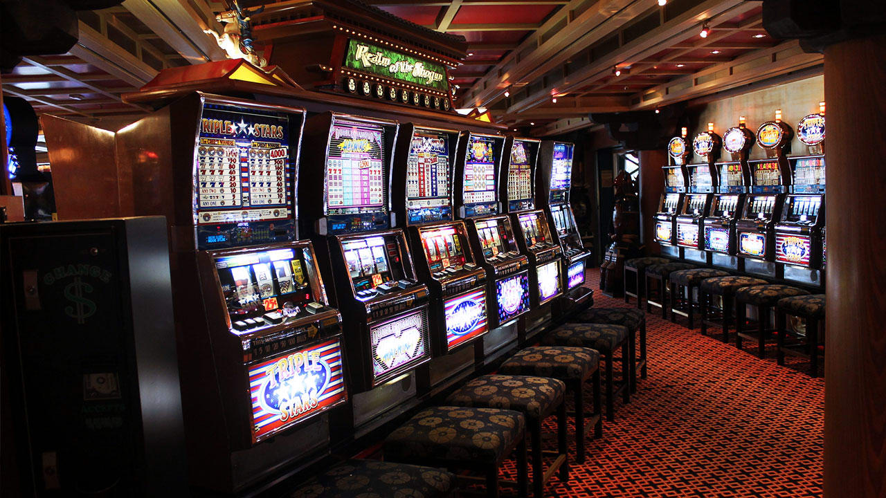 Government gambling machines against niagara falls casino
