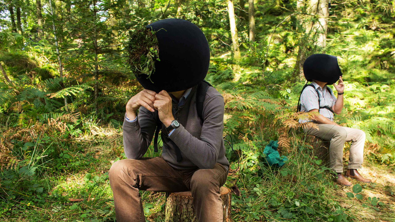 This VR Headset Lets You Experience Nature Through Animal ...