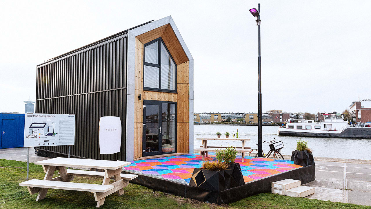 Tiny Home Designs: I Tried Living In This Tiny House On A Vacant Lot In