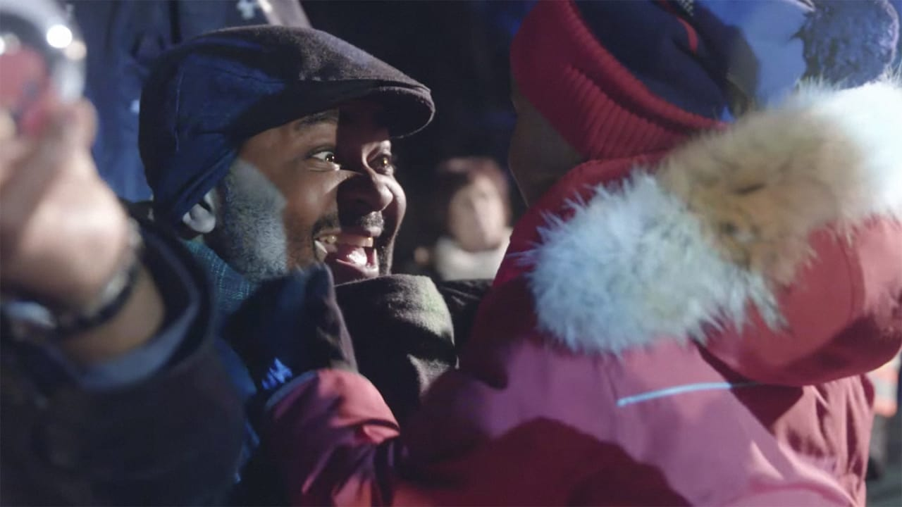 Westjet's Annual Christmas Campaign Brings The Holidays To Forest ...