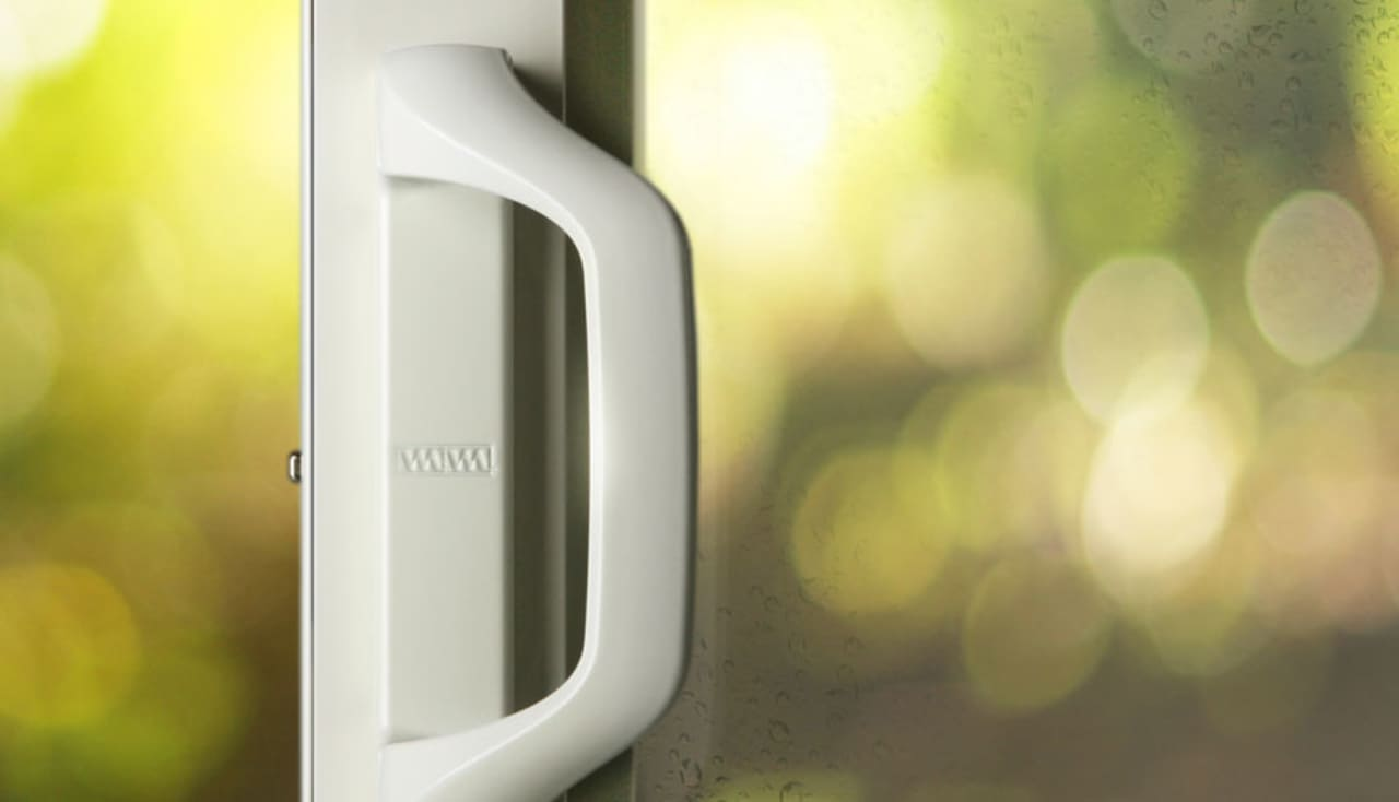 Simple Genius A Sliding Door Handle That Opens And Locks