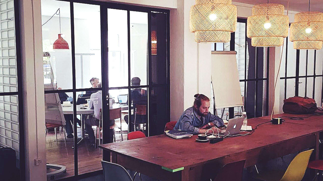 How These Remote Workers Convinced Their Bosses And Cli