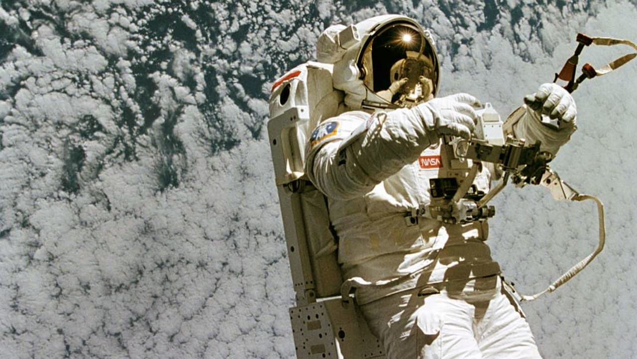 Astronaut Urine May Be the Secret Ingredient for Traveling to Mars