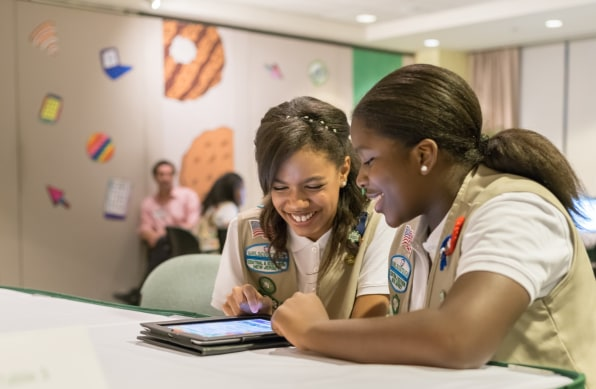 now you can buy your thin mints online as the girl sco