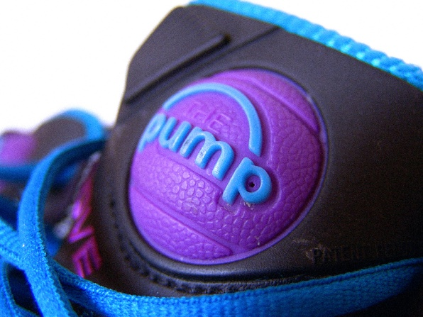 reebok running shoes with pump