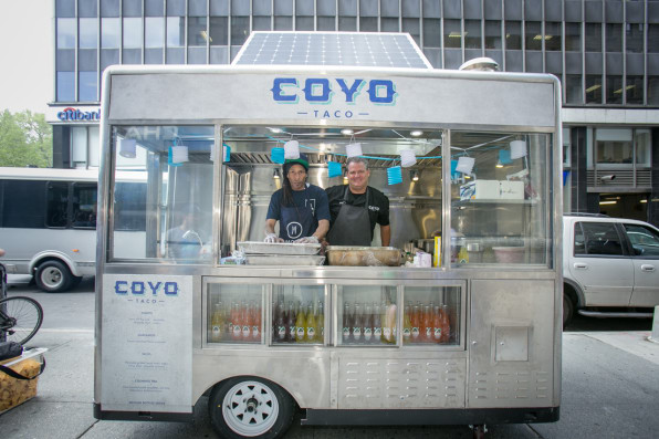 New York S New Solar Powered Food Carts Are Cool But Wa