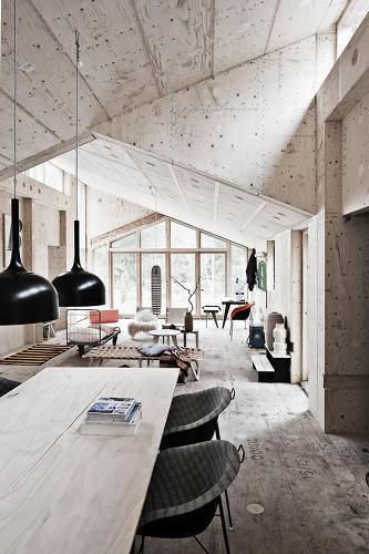 <p>Danish architects Frederik Agdrup and Nicholas Bjørndal partnered with London-based Facit Homes to design the house with digital software, then fabricate the wood parts using a CNC milling machine. The parts snapped together for easy assembly.</p>