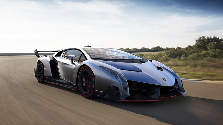 <p>The Lamborghini Veneno is a throwback to the sports cars of the '90s.</p>