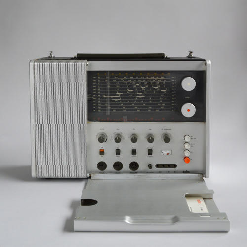 <p>Braun T 1000 (Dieter Rams, 1964). This design is straight out of a James Bond flick.</p>