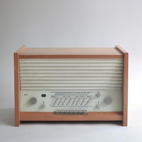 <p>Braun G11 (Hans Gugelot, 1955). Gugelot was one of two designers Braun hired from the German design school HfG Ulm to establish a new design direction for the brand. (Rams wouldn't take over Braun's design department until 1961.)</p>