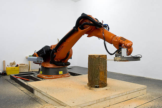 This Slicing And Dicing Chainsaw Robot Makes Beautiful Furniture