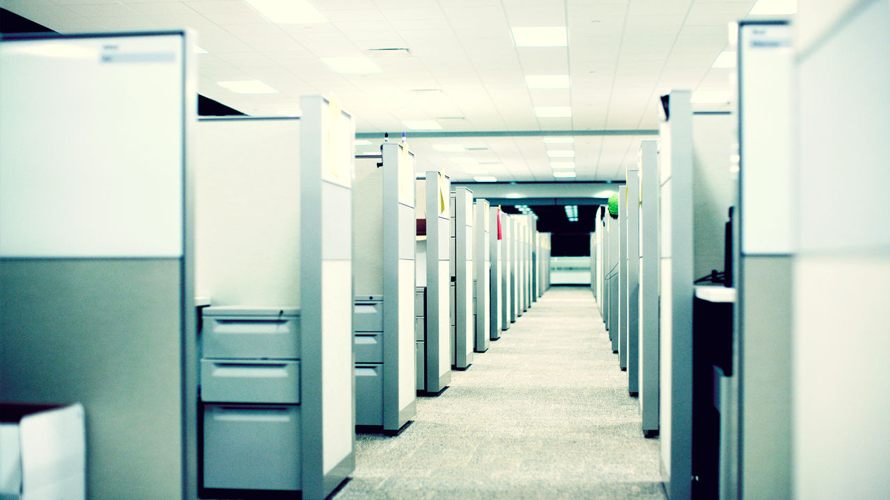 The Cubicle Invader, The Loud Talker, And The Extreme Introvert: 10 Big Office Faux Pas