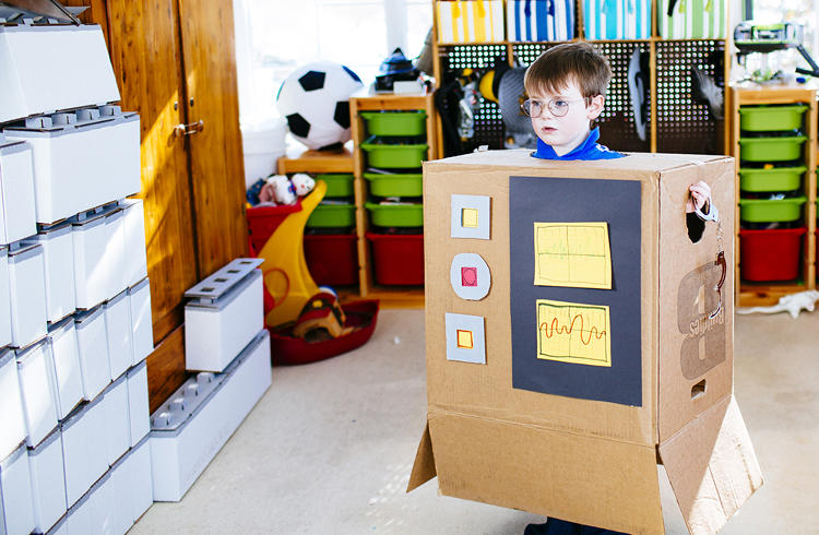 <p>Most children spend countless hours mastering the art of fort-building. And while moats made from pillows, turrets from shoe boxes, and walls from sheets are impressive feats of engineering for 5-year-olds, they don't usually make for the strongest structures.</p>
