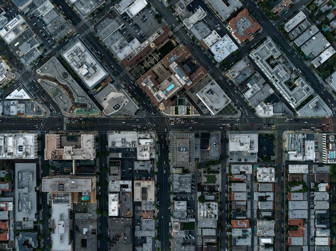 http://www.fastcoexist.com/3049263/these-beautiful-aerial-photos-of-la-show-what-income-inequality-looks-like-from-above#13
